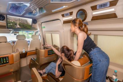 xe limousine đi vũng tàu có ghế massage